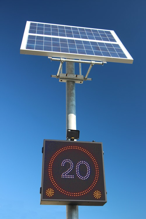 Solar powered led speed sign